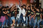 Rithvik Dhanjani at the Launch of the song Taang Uthake from the film Housefull 3 on 6th May 2016 (7)_572dfe520c2fc.JPG