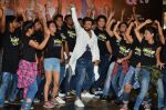 Rithvik Dhanjani at the Launch of the song Taang Uthake from the film Housefull 3 on 6th May 2016 (9)_572dfe548be2c.JPG