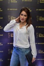 Sagarika Ghatge at G-STAR RAW store launch on 6th May 2016 (85)_572e1d73c07fa.JPG