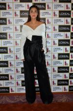Sonam Kapoor unveils her Cannes look by L_Oreal on 6th May 2016 (21)_572dfcc06e451.JPG