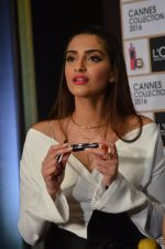 Sonam Kapoor unveils her Cannes look by L_Oreal on 6th May 2016 (40)_572dfccf3d272.JPG
