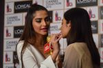 Sonam Kapoor unveils her Cannes look by L_Oreal on 6th May 2016 (43)_572dfcd197e11.JPG