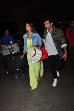 Bipasha Basu, Karan Singh Grover snapped at airport on 7th May 2016