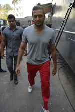 Riteish Deshmukh at Housefull 3 on the sets of The Kapil Sharma show on 9th May 2016 (98)_57320f38a551e.JPG