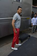 Riteish Deshmukh at Housefull 3 on the sets of The Kapil Sharma show on 9th May 2016 (99)_57320f3959ad4.JPG