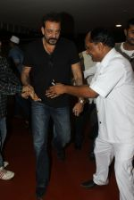 Sanjay Dutt snapped at airport on 8th May 2016 (16)_573185a60a3ed.JPG
