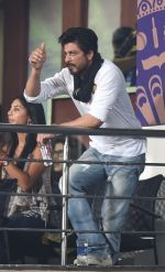 Shahrukh Khan at Eden Gardens on 8th May 2016