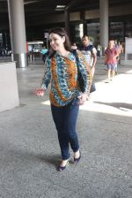 Anjali Tendulkar snapped at airport on 11th May 2016 on 11th May 2016 (6)_573428d8e90c3.JPG