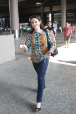 Anjali Tendulkar snapped at airport on 11th May 2016 on 11th May 2016 (7)_573428d99caf7.JPG