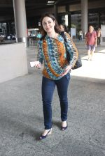 Anjali Tendulkar snapped at airport on 11th May 2016 on 11th May 2016 (8)_573428da54f6c.JPG