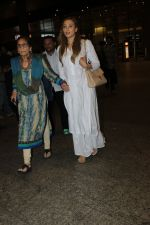 Sushila Charak, Lulia Vantur snapped at airport on 11th May 2016