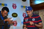 Virendra Sehwag meet n greet at tap bar in Mumbai on 11th May 2016 (15)_57342e07172aa.JPG