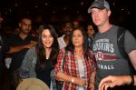 Preity Zinta snapped with hubby at airport on 12th May 2016 (4)_5735893b3b5cb.JPG