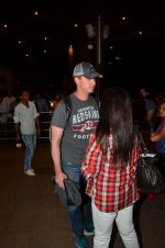 Preity zinta with husband snapped in Mumbai on 12th May 2016 (3)_5735a73bf1897.JPG