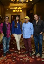 Raveena Tandon snapped during the shoot of her upcoming film Matrthe Mother in Delhi on 12th May 2016 (23)_5735a784ecda9.JPG