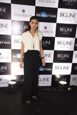 Deepti Gujral at JCB show in Mumbai on 12th May 2016