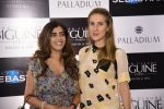 Pooja Dadlani and Friend at JCB show in Mumbai on 12th May 2016_5736ccef53248.jpg