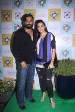 Sunil Shetty, Mana Shetty at Ayesha Takia_s restaurant Cafe Basilico relaunched in Mumbai on 12th May 2016 (54)_5736cd79e7bb9.JPG