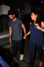 Shahid Kapoor and Mira Rajput snapped post dinner in Mumbai on 14th May 2016
