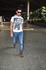 Randeep Hooda at the airport in Mumbai on 15th May 2016