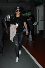Sonakshi Sinha snapped at airport on 15th May 2016