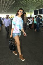 Parineeti Chopra snapped at airport on 16th May 2016