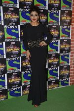 Raveena Tandon on the sets of Sony Entertainment Television_s The Kapil Sharma on 16th May 2016 (24)_573ac912ea837.JPG