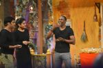 Raveena Tandon, Dwayne Bravo on the sets of Sony Entertainment Television_s The Kapil Sharma on 16th May 2016 (76)_573ac8f9bf2cf.JPG