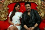 Kumar Sanu on the sets of Comedy Nights Bachao on 18th May 2016 (20)_573d753ee7c93.JPG