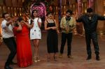 Kumar Sanu on the sets of Comedy Nights Bachao on 18th May 2016 (26)_573d74801ba89.JPG