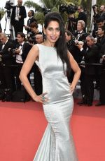 at Cannes 2016 on 18th May 2016 (53)_573d77388cc0d.jpg