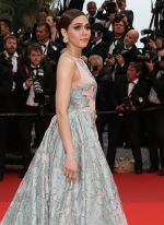 at Cannes 2016 on 18th May 2016 (56)_573d77448778c.jpg