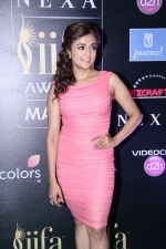Monali Thakur at IIFA Press Conference in Taj Land_s End on 20th May 2016 (140)_574031a8645cf.JPG