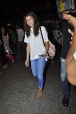 Alia Bhatt arrives from Singapore on 21st May 2016