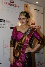 Zarine Khan walks for India Beach Fashion Week for designer Sanjukta Dutta on 21st May 2016 (39)_57430548bfb75.JPG