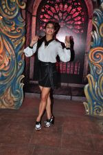 Jacqueline Fernandez at Housefull 3 promotions on Comedy Nights Bachao on 23rd May 2016 (45)_5743fc3733afc.JPG