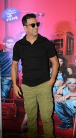 Akshay Kumar with Housefull 3 team in Delhi on 25th May 2016
