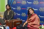 Roopkumar Rathod and Sonali Rathod at Mirchi Mehfil in radio mirchi, Mumbai on 25th May 2016 (26)_57472b54b70d1.JPG