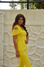 Shilpa Shetty at Promo Shoot of Sony TV_s India_s Super Dancer on 24th May 2016 (15)_574707e5cbe64.JPG