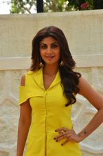 Shilpa Shetty at Promo Shoot of Sony TV_s India_s Super Dancer on 24th May 2016 (22)_574708360f6af.JPG