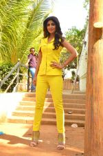 Shilpa Shetty at Promo Shoot of Sony TV_s India_s Super Dancer on 24th May 2016 (36)_57470811e5901.JPG