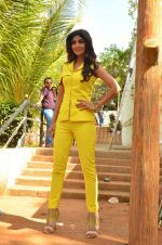 Shilpa Shetty at Promo Shoot of Sony TV_s India_s Super Dancer on 24th May 2016 (37)_574708135653f.JPG
