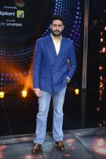 Abhishek Bachchan promote Housefull 3 on the sets of saregama on 26th May 2016 (77)_5747cc3d3c9c0.JPG