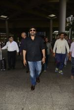 Chiranjeevi snapped at airport on 26th May 2016 (6)_5747cae26e0af.JPG