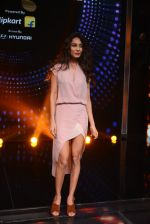 Lisa Haydon promote Housefull 3 on the sets of saregama on 26th May 2016 (70)_5747cd2fe7d41.JPG