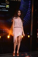 Lisa Haydon promote Housefull 3 on the sets of saregama on 26th May 2016
