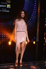 Lisa Haydon promote Housefull 3 on the sets of saregama on 26th May 2016 (72)_5747cd3112b03.JPG