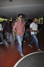 Sushant Singh snapped at airport on 26th May 2016 (9)_5747ed3f2a813.JPG