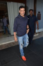 Akshay Kumar snapped in Mumbai on 28th May 2016
