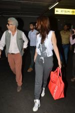 Kalki Koechlin, Naseeruddin Shah snapped at airport in Mumbai on 28th May 2016